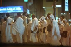 The PASHTUN (N A Y E E M) Tags: pilgrims people pashtun indonesian night street makkah ksa saudiarabia light availablelight atmosphere windshield