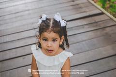 Lara 2 anos (Natinha Ramos) Tags: lara criança menina kid girl baby pink rosa família family parque luz natural água water praia lago palmas tocantins rio river laço ribbon