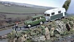 Touring The South Coast. (ManOfYorkshire) Tags: scale model railway car auto automobile caravan 176 oogauge accurate rangerover landrover hills diorama penton branchline countryside adequate towing tow