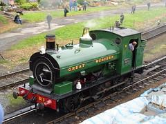 GWR 813 @ Kidderminster Town (Sim0nTrains Photos) Tags: severnvalleyrailway svr svrautumnsteamgala severnvalleyrailwayautumnsteamgala svrautumnsteamgala2017 severnvalleyrailwayautumnsteamgala2017 steamgala2017 steamgala springsteamgala thesevernvalleyrailway steamlocomotive kidderminstertownstation kidderminstertownrailwaystation kidderminstertown gwr gwr813 813 saddletank greatwesternrailway hudswellclarke porttalbotrailway porttalbotrailwaydockscompany 060