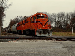 South Shore freight crossing the CN diamonds at Stillwell Indiana (Matt Ditton) Tags: south shore stillwell indiana train