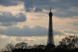 La tour Eiffel vue de la Concorde