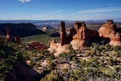 more rocks (rovingmagpie) Tags: utah moab sandflatsrecreationarea balancedrockmesa theolympictorch olympictorch redrock erosion fb2017 orton