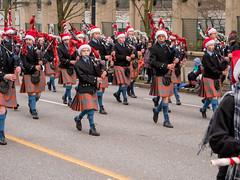 2017_SFUPB_SC_Parade_20171203-GM5-1390405 (SFU Pipe Band Organization) Tags: rmmpb rmmpipeband sfupb sfupipeband britishcolumbia canada christmas gvrd performance santaclausparade vancouver where