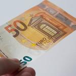Money in hand thumbnail