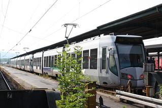 Regio-Tram Kassel: 3-Wagen-Zug als Sonderzug der Linie RT 3 zum Hessentag nach Hofgeismar in Kassel Hbf