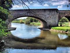 Wandsford  bridge 012 (saxonfenken) Tags: 6902bridge 6902 brdidge wandsford river nene arch reflection framed tcf challengeyouwinner gamewinner