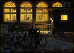 171205 Toronto Bloor Street Area (53) (Aben on the Move) Tags: bloorstreet toronto ontrio canada city night evening urban