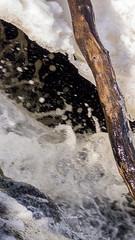 Abstract (Housemill) Tags: water vatten ice is flöde flow abstract abstrakt lx5 lumix panasonic pointandshoot pointshoot compact kompaktkamera