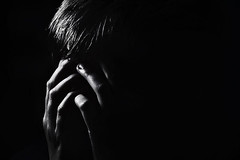 Despair (Kati471) Tags: portrait despair verzweiflung hoffnungslosigkeit trauer grief sorrow bw blackwhite mono monochrom
