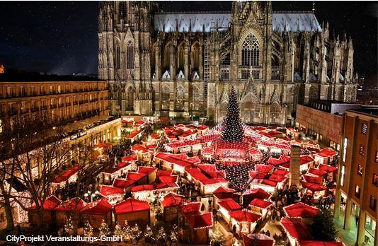 ケルンのクリスマスマーケット&古城クロンベルクでティータイム(クリスマスマーケットのオプショナルツアー)