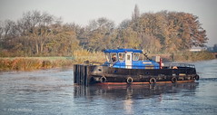 British waterways tug Maid Marion (roddersdad) Tags: 2017 britishwaterways copyrightclivejmaclennan fujifilmx100t maidmarion november outdoor rivertrent tugs workboats workingboats