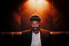 Under light (_Okobe_) Tags: portrait light picture manual black soul jazz afro afropunk celebritie singer pianist photo shot photographer night