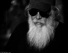 Days of Thunder. (Neil. Moralee) Tags: neilmoralee man beard long white black glasses sunnies sunglasses hat cap mature old rugged dark drag race racer hotrod mamphis tenessee nikon d7200 monochrome street candid car ileagal neil moralee usa