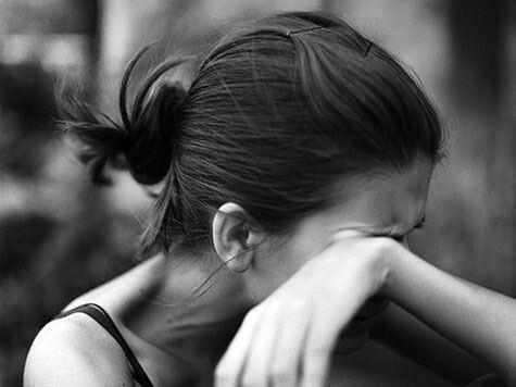 ВСамарской области двое молодых людей изнасиловали 14-летнюю девушку в ее квартире