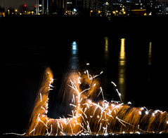 171202 3297 (steeljam) Tags: steeljam nikon d800 lightpainters wire woll spinning o2 isle dogs beach long exposure