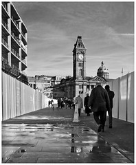 History in the Making... (geoff7918) Tags: chamberlainsquare birmingham temporarywalkway centenarysquare