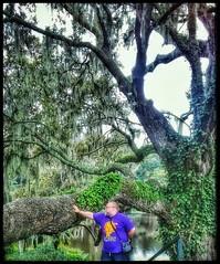 10/23/17 - The (CubMelodic23) Tags: october 2017 vacation trip history historic hdr plantation charleston southcarolina charlestonsc themiddletonplaceplantation trees liveoaks selfportrait me dave