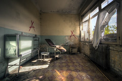 Dr. Feelgood (Michal Seidl) Tags: abandoned abbandonato colonia hospital holiday camp opuštěná nemocnice léčebna internat hdr urbex italy infiltration ordinace
