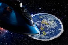 Ultimate flatness (Apionid) Tags: flatearth iron earth flat nikond7000 werehere hereios