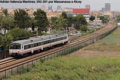 Atómico (Adrián Valencia Martínez) Tags: renfe 592 atomico massanassa valencia alcoy diesel camello tren