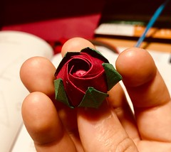 ‪After a (too) long time without paper folding, new #origami #flower wreath in progress‬ ‪Flower bud designed by N. Sato‬ (jumpingMau5) Tags: origami flower