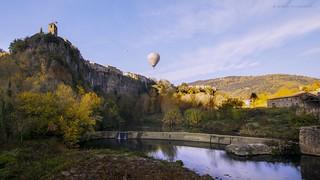 Castellfollit de la Roca. A village on a basalt crag.
