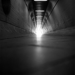 Light at the End of the Tunnel (ucn) Tags: filmdev:recipe=11677 adoxadoluxatm49 developer:brand=adox developer:name=adoxadoluxatm49 berggerpancro400 push tessar weltaweltax berlin underpass unterführung flughafen tegel