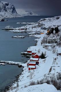 SW.-wards view over Maervollspollen-Steinsfjorden to Himmeltindan-Nordtinden-Montinden Hornet mounts. Vestvagoya-Lofoten-Norway. 0581