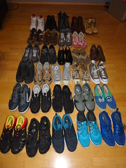 Meine Schuhe - My Shoes (Oli-unterwegs) Tags: adidas nike chucks skechers donnay dunlop josef seibel rieker bewild lloyd schuhe schuh shoes shoe old new sneaker snea mustang dockers sneakers man boy mann boots stiefel meine dirty sohle sohlen soles sole air max airmax vision used getragen