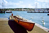 Cowes, Isle of Wight, 22nd September 1991 (Linda 2409) Tags: pilotgig rowingboat quay swans