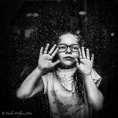 Cała w kroplach (emikalejdoskop) Tags: portraits portrait art wilgosz wwwkochamylaurepl blog rodzina family familyphoto familyphotographer familyphotography familyphotos kids kid kidsphotos kidsphoto kidsphotographer kidsphotography children child childrenphotographer childrenphotos childrenphotography childrenphoto childhood photography photographer photo photos people ludzie dzieci dziecko dziecinstwo babyphotos babyphoto baby canon canoneos6d memories childmemories childhoodmemories bw bwphoto bwphotos blackandwhite black blackandwhitephotography blackandwhitephotos blackandwhitephoto monochrome window windows glass rain rainy raining drops december november novemberrain indoor hands sad