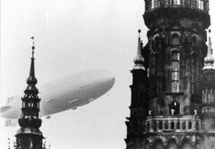 henry cord meyer image (San Diego Air & Space Museum Archives) Tags: aviation aircraft airship dirigible lighterthanair zeppelin dlz130 luftschiffbauzeppelin zeppelinlz130 lz130 lz130grafzeppelinii grafzeppelinii luftschiff luftschifflz130 daimlerbenz daimlerbenzdb602 db602