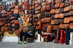 Des sacs!!!!!!!Morocco_1853 (ichauvel) Tags: sacs bags cuir leather garçon boy humain personne assis sitting extreieur outside rue street streetphotographie scénederue chefchaouen chaouen chechaouen morocco maroc rif afrique africa northafrica afriquedunord magreb voyage travel tourisme tourism artisanat handicraft novembre november