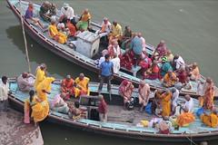Pilgrims (Dick Verton) Tags: pilgrims devotes ganges travel varanasi india people sit sitting seated