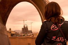 La Pedrera - Sagrada Família (rgmelo84) Tags: barcelona spain espanha gaudi pedrera mila