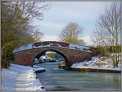 Frozen Cut (Jason 87030) Tags: canal frozen ice narrowbaots marian bridge scene local walk snow cut northants northamptonshire sony ilce alpha a6000 nex lens tag