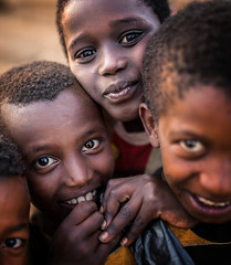 Etiopia (mokyphotography) Tags: africa southetiopia etiopia eyes ethnicity etnia ethnicgroup etnie canon color boys friends ritratti people portrait persone portraits picture tribù tribe tribal travel