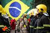 TROPA PRONTA - Foto: 1º Sgt Dennis/CBMGO (Corpo de Bombeiros Militar de Goiás - Oficial) Tags: tropa bandeiradobrasil incêndio bombeiros goiás cbmgo