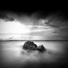 DSC_4181 (pattana92392) Tags: seawave sea longexposure coast water fineart stone blackwhite