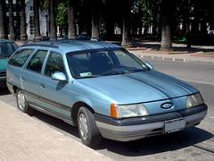Ford Taurus GL Wagon 1989 (RL GNZLZ) Tags: stationwagon ford taurusgl 30 wagon 1989