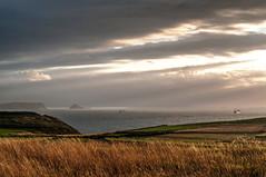 Al final de la tarde (ccc.39) Tags: asturias españa gozón costa cantábrico nubes barcos atardecer sunset seascape landscape
