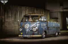 Volkswagen T1 Pritsche 1956 (Wutzman) Tags: volkswagen vw vwt1 aircooled splitscreen volkswagent1pritsche 1956 wutzman wallpaper wutzmanfotografie automotivephotography car carshooting classiccar carnightshooting lightscraper light lightpainting langzeitbelichtung licht longexposure