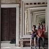 Un autoportrait accompagné dans la Venise arménienne... (stephane.desire) Tags: baroque venise portrait autoportrait gens personne reflet miroir 50mm fondamentasoccorso palazzozenobio collègearménien dorsoduro droste monochrome carré intérieur