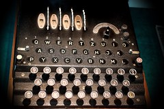 Enigma (Ramon Oria) Tags: cipher machine enigma maquina cifrado german world war worldwar allies machines maquinas guerra mundial guerramundial secondworldwar bletchley park alanturing alan turing submarines wwii military militar army ejército keyboard keys teclas teclado enigmacipher enigmamachine secret
