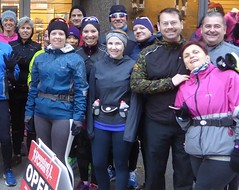 Running Room (Slater St) November 12, 2017 - P1120432aa1 (ianhun2009) Tags: runningroomslaterstreet november122017 ottawaontariocanada trainingruns coldweatherrunning autumnrunning