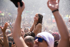 (Luurankorotsi) Tags: ozora festival psychedelic tribal gathering psy psytrip music art entertainment summer hippie festivalphotography 2017 hungary igar water shower child culture dance dancing dancefloor smile wash clean enjoy girl crowd mainstage