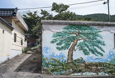 Korean rustic village by mokuu - Geumseong-dong Busan KOREA / LEICA M8.2 × SUMMILUX-M 35mm F1.4 ASPHERICAL / CP C9 05 024 / mokuu.cc/2017/09/post-347.html
