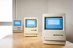 Macintosh Classic, Macintosh SE, Macintosh Plus. (Born_In_6502) Tags: retro retrocomputing retrocomputers oldcomputers vintagecomputers vintagecomputing beautyshots podstawczynski adampodstawczynski