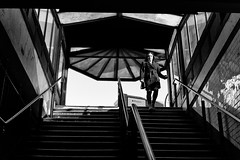 Signal Problems (Dj Poe) Tags: nyc ny manhattan downtown astorplace subway mta subwaystation candid city street streets leica zeiss carlzeisslenses 50mm planart250 zm availablelight people zeisscameralenses monochrome leicam leicammonochrome bw blackandwhite blancoynegro 2017 andrewmohrer djpoe